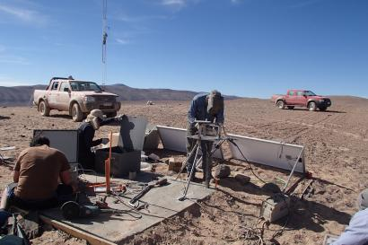 Installation of first atmospheric devices at the southern CTA observatory in Chile, personnel of FZU at work.