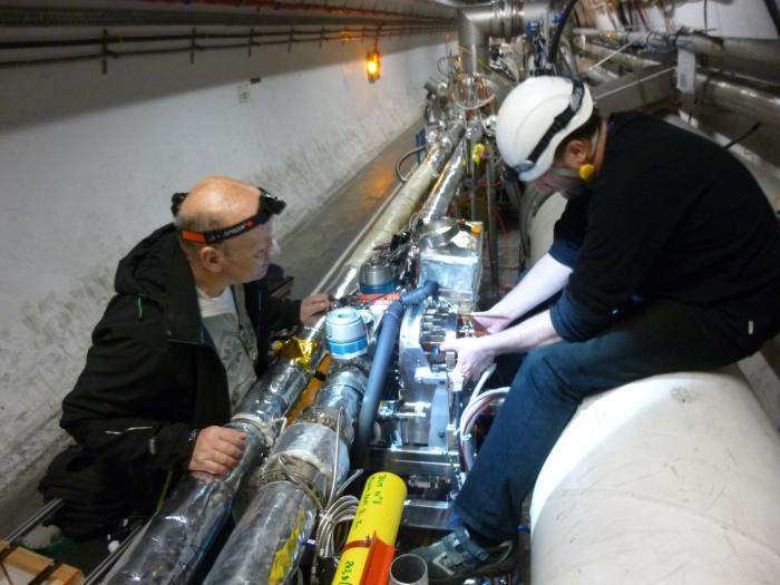 Technical coordinator of AFP installation, Petr Sicho (left) from FZÚ AVČR, during the detector installation in LHC tunnel.