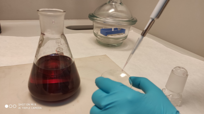 Deposition of gold colloidal solution by micropipette